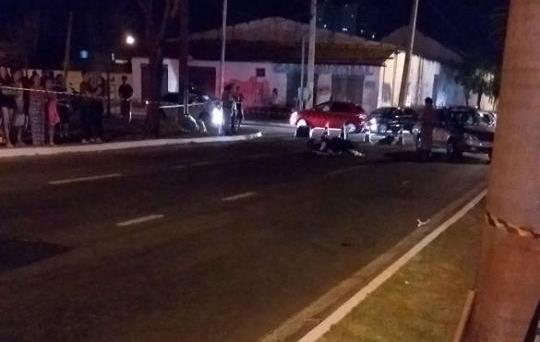 Motociclista morre em colisão com carro no Setor Campinas, em Goiânia