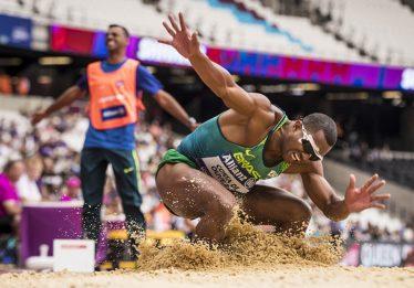 Ricardo Costa fica com o bronze no salto em distância no Mundial de Atletismo de Londres