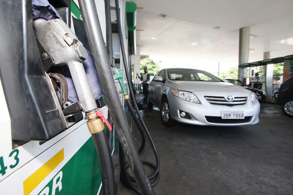 Petrobras reajusta preço do diesel em 2,7% e da gasolina em 1,8% nas refinarias