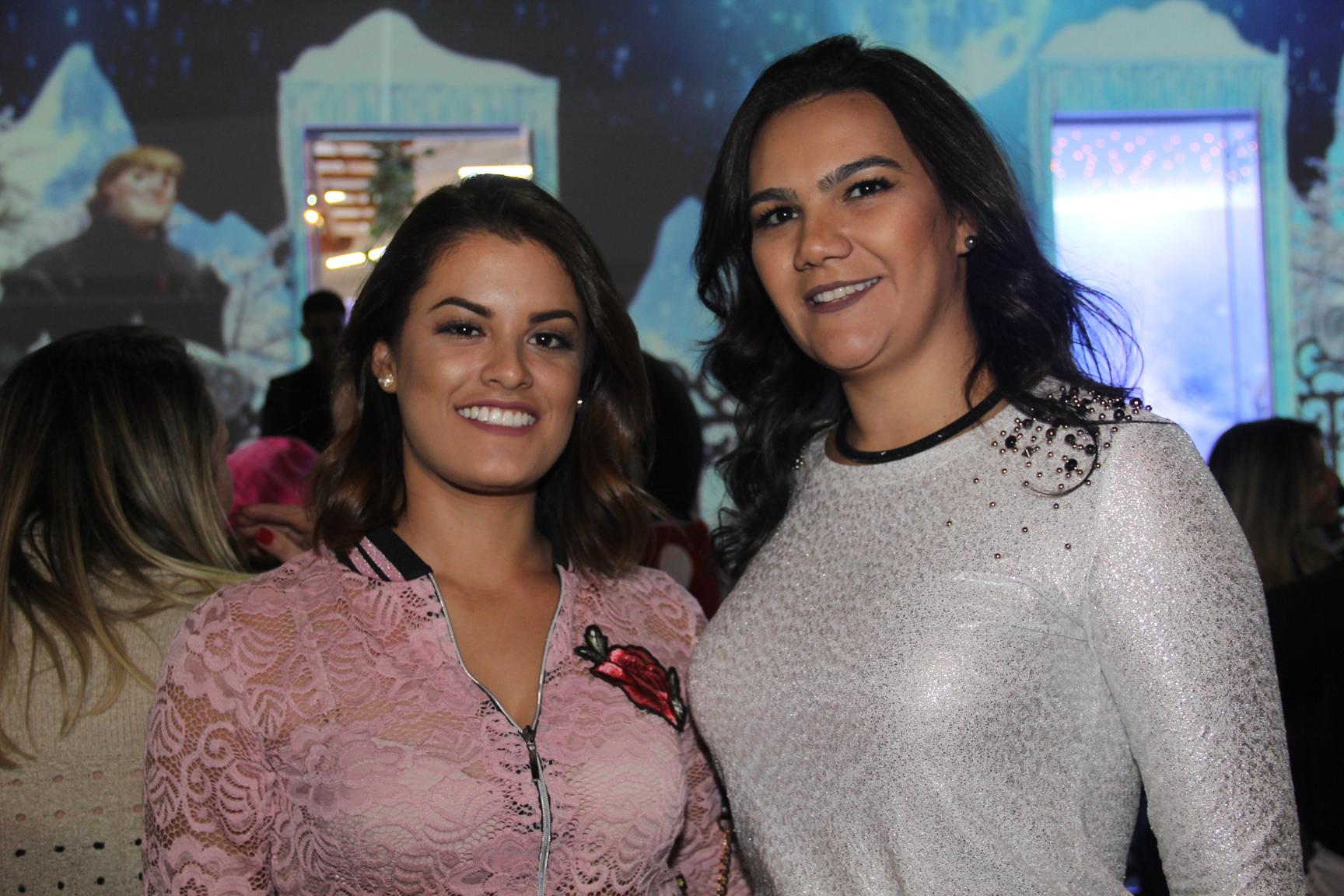 A maquiadora Hovena Wneveri e a empresária Fernanda Seixas eram convidadas da inauguração da Forma Festa Kids.
