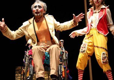 Espetáculo Fuxicos é encenado no Hospital Alberto Rassi