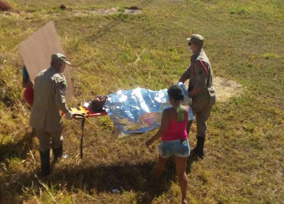 Garoto de 11 anos fica ferido após buscar pipa em terreno de subestação de energia, em Goiânia