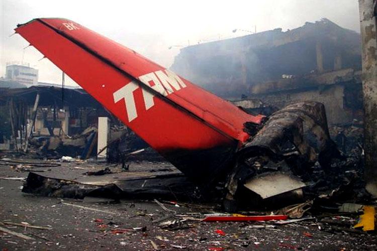 Passados 10 anos, ninguém foi punido por acidente com avião da TAM em Congonhas