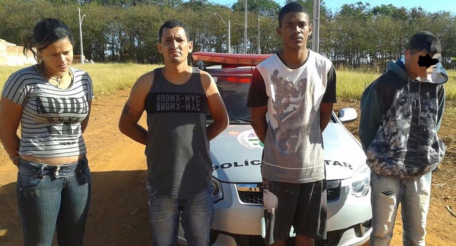 Suspeitos de roubar pedestres são presos em Goianira