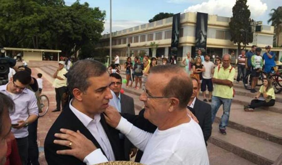 """José Eliton destaca trajetória política do ex-prefeito Paulo Garcia """"pautada pelo diálogo e republicanismo"""""""