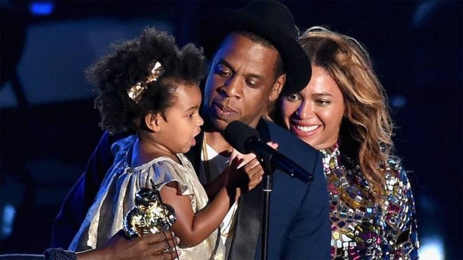 Blue Ivy aparece 'rimando' em nova música de Jay-Z