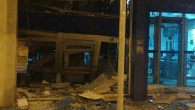 Quadrilha explode agências bancárias em Caiapônia