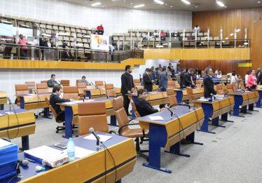 Vereadores aprovam fim do aumento contínuo do IPTU