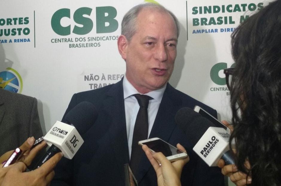 """""""A política do PT é de dar rasteira"""", afirma Ciro Gomes"""