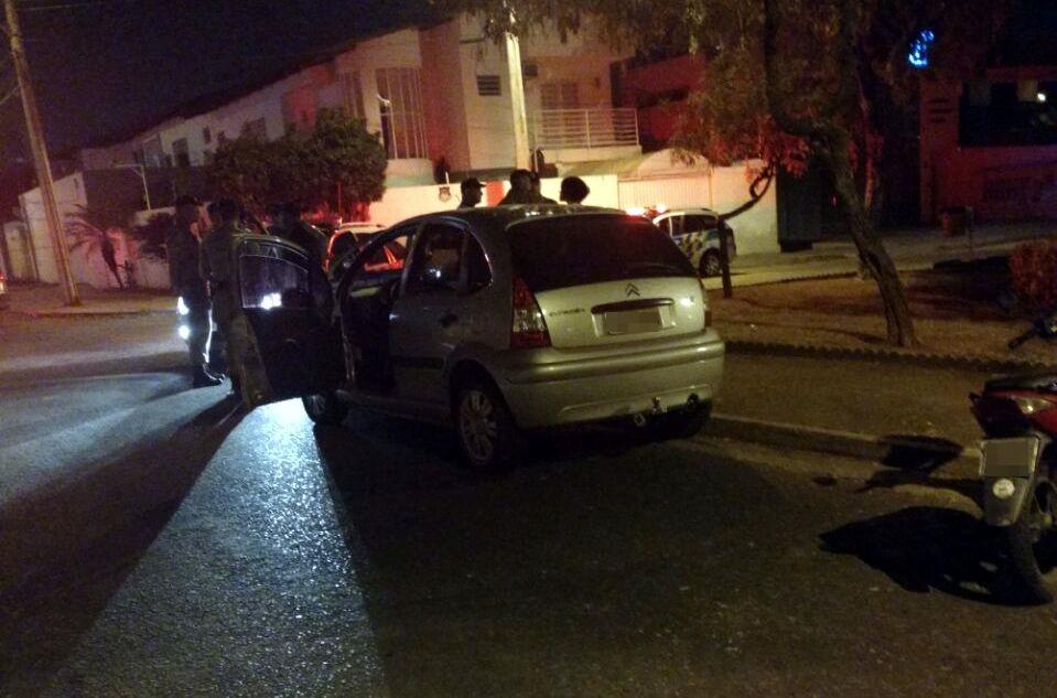 Policial militar reage a assalto e mata suspeito, em Goiânia