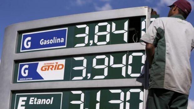 Com alta de tributos sobre combustíveis, estimativa para inflação sobe para 3,4%