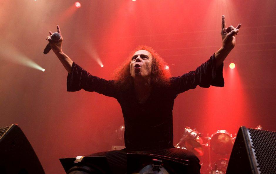 Holograma de Dio vai sair em turnê mundial e passará pelo Brasil