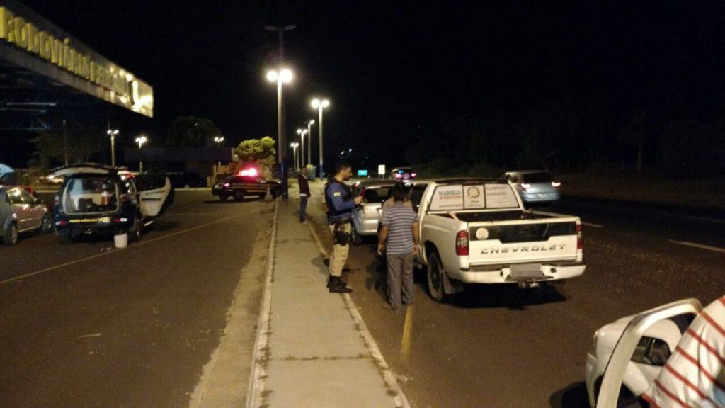Mais de 50 motoristas alcoolizados são flagrados nas BRs 153 e 452, em Itumbiara