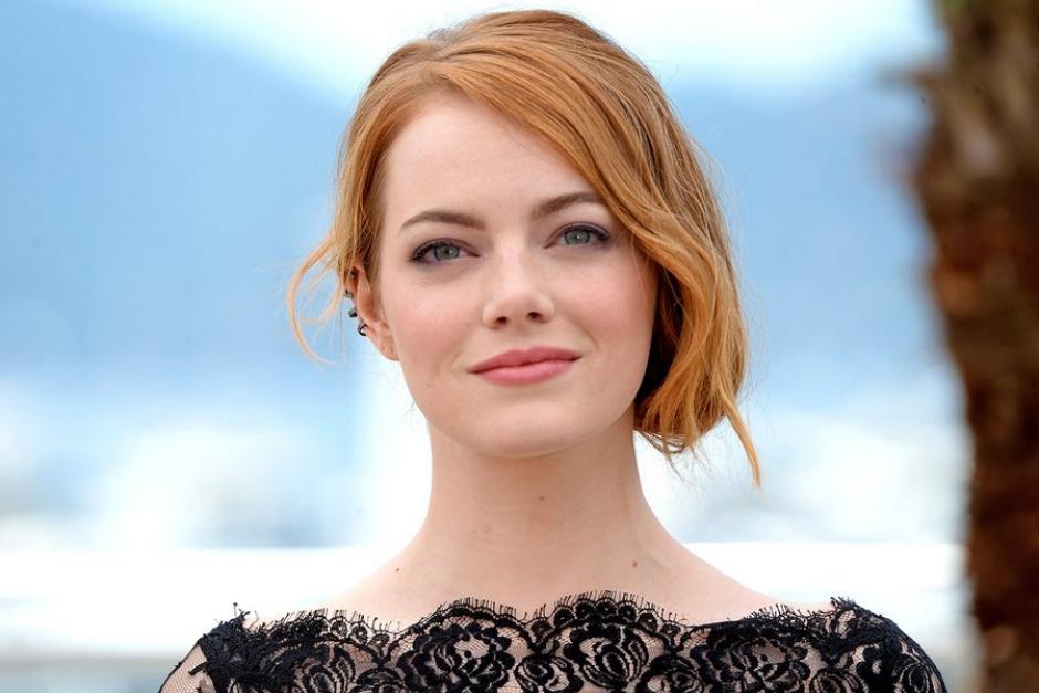 Emma Stone: colegas da atriz reduziram salários para ficarem equivalentes ao dela