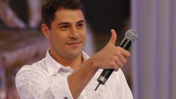 Em vídeo no Instagram, Evaristo Costa confirma sua saída da Rede Globo