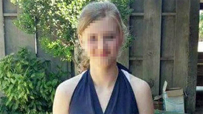 EUA: Jovem morre eletrocutada ao usar celular no banho
