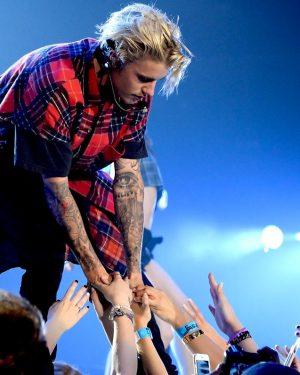 Justin Bieber cancela turnê