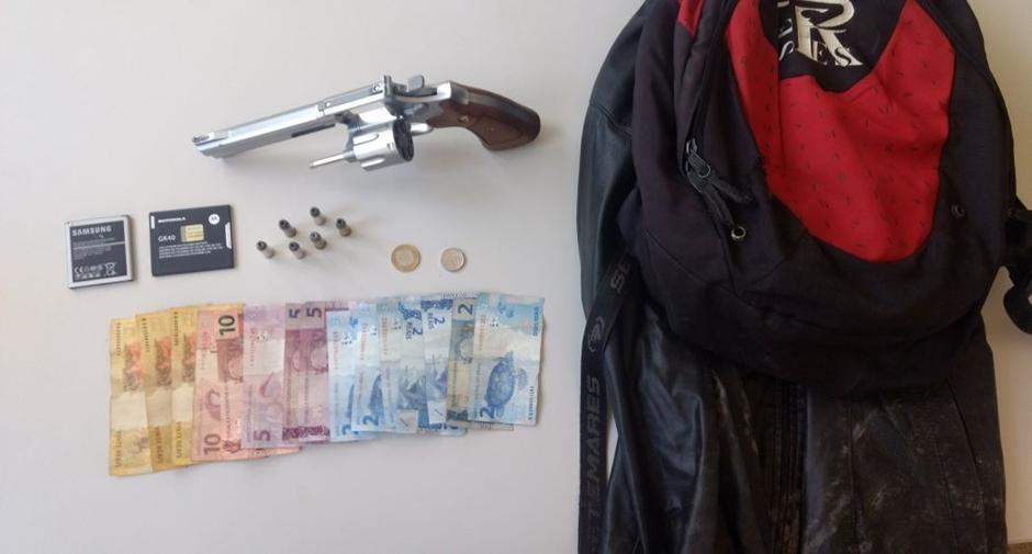 Adolescente é apreendido com arma de brinquedo, na Cidade Ocidental