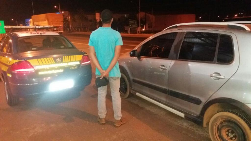 Jovem é detido com veículos roubados pela segunda vez em menos de cinco dias