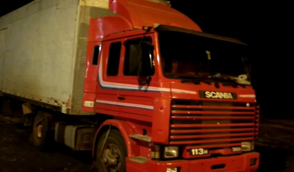 Caminhoneiro é detido em Catalão por embriaguez ao volante