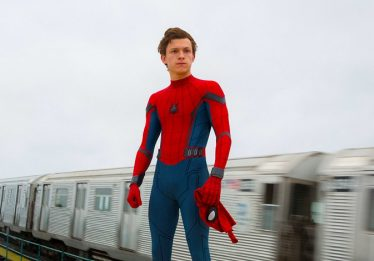Tom Holland revela nome de novo filme do Homem-Aranha