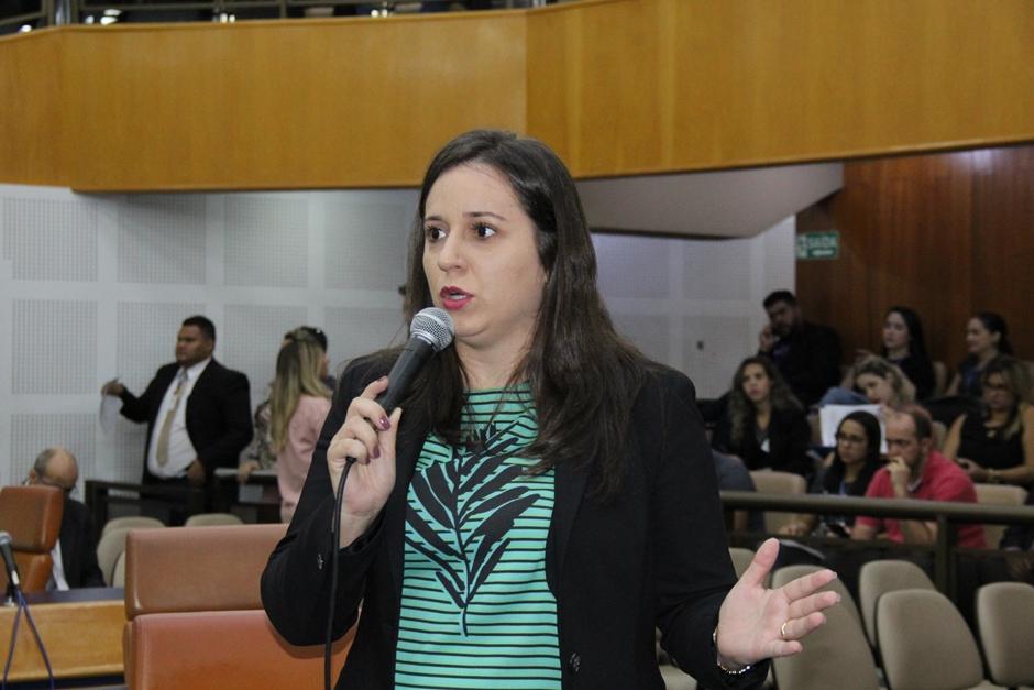 Vereadora propõe que escolas comuniquem pais de alunos faltosos