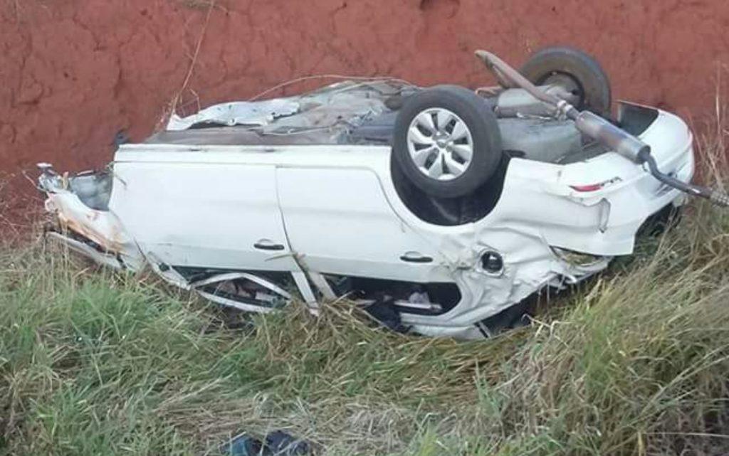 Mulher morre em acidente na BR-153, em Goiatuba, após colidir contra outro veículo