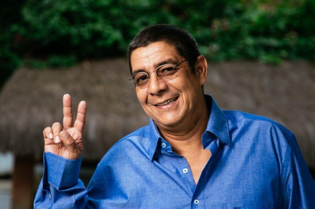 Zeca Pagodinho sofre acidente com quadriciclo
