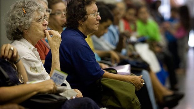 Aposentados e pensionistas nascidos em outubro tem até dia 31 para se recadastrar