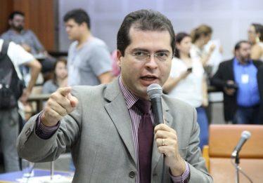 Vereador apresenta projeto de lei para criar Escola Sem Partido em Goiânia