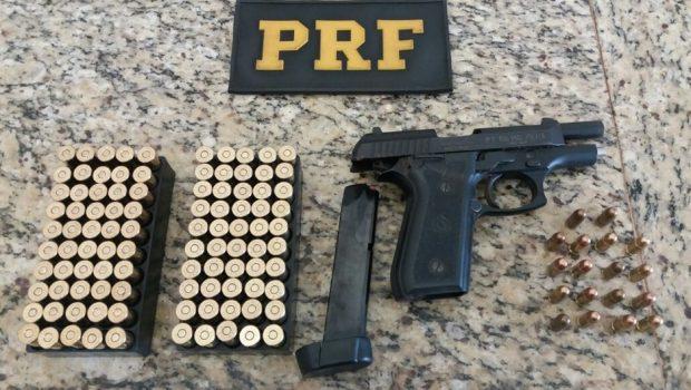 Produtor rural é detido com arma de fogo e munições, em Jataí