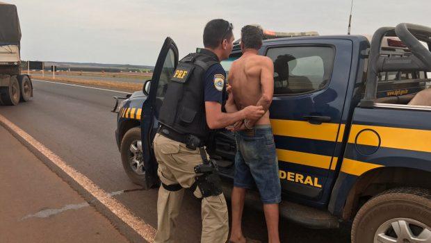 Caminhoneiro é preso por embriaguez ao volante em Rio Verde