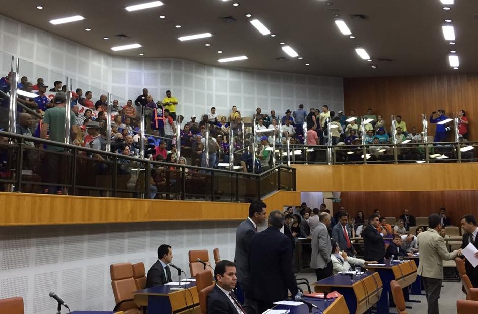 Servidores pedem apoio de vereadores para que a Prefeitura de Goiânia pague data-base