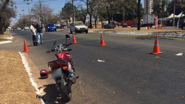 Homem é atropelado por motociclista, no Parque Oeste Industrial