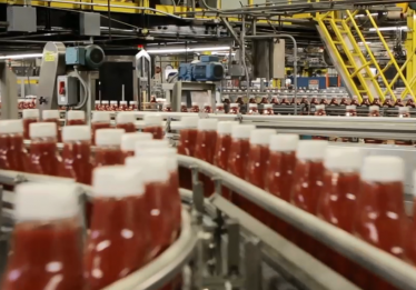 Fábrica da Kraft Heinz em Nerópolis abre 500 vagas de trabalho