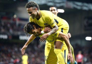 Um gol e uma assistência: Neymar faz a diferença em estreia pelo PSG