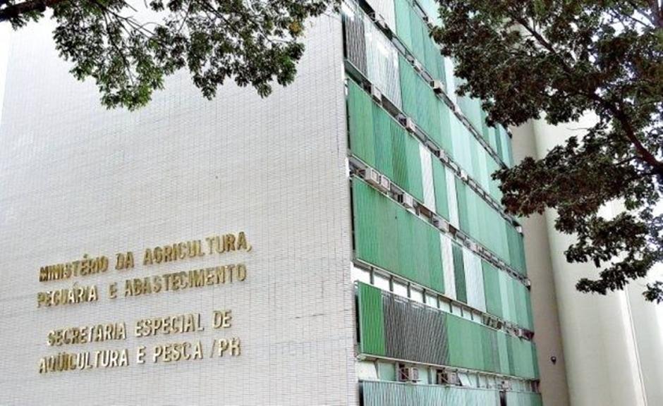 Ministério da Agricultura vai contratar temporariamente 300 veterinários