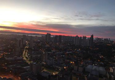 Sol entre nuvens e temperatura estável em Goiás nesta quarta-feira
