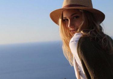 De férias na Espanha, Sasha Meneghel lamenta atentado terrorista em Barcelona