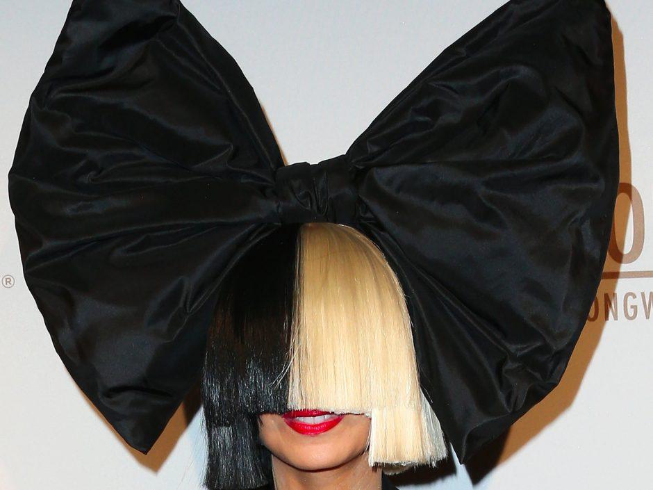 Em nova gravadora, cantora Sia vai lançar álbum natalino