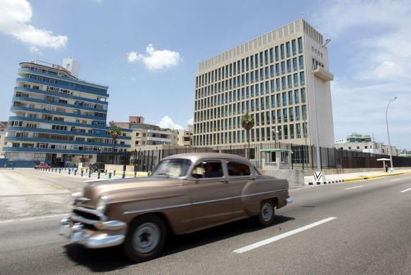Ataques sônicos em Cuba podem ter causado danos cerebrais em diplomatas dos EUA