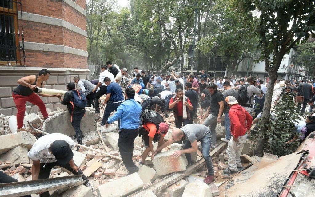 México registra forte tremor de magnitude 7,1 no aniversário do tremor de 1985
