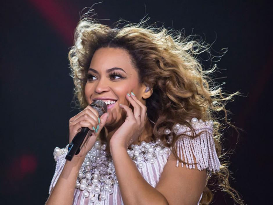 Maquiador de Beyoncé revela 5 truques de beleza da cantora