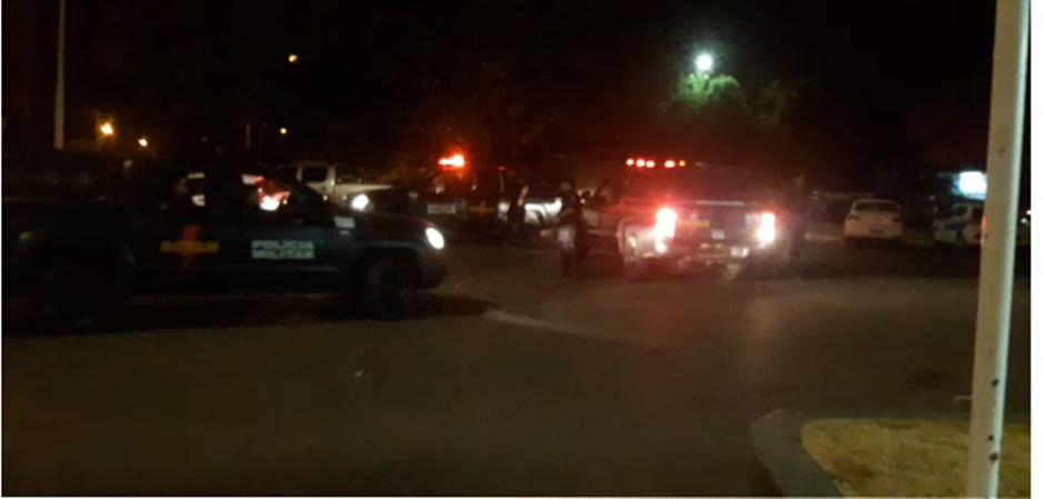 Assaltantes morrem em troca de tiros com a Rotam após roubo de veículo, em Luziânia
