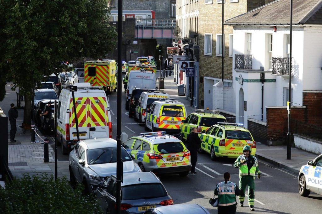 Explosão no metro de Londres deixa vários feridos