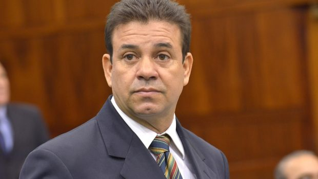 Deputado Daniel Messac é preso em Goiânia por atrapalhar investigação e ameaçar testemunhas
