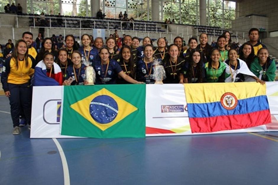 Com time goiano, Brasil é campeão sul-americano de futsal feminino