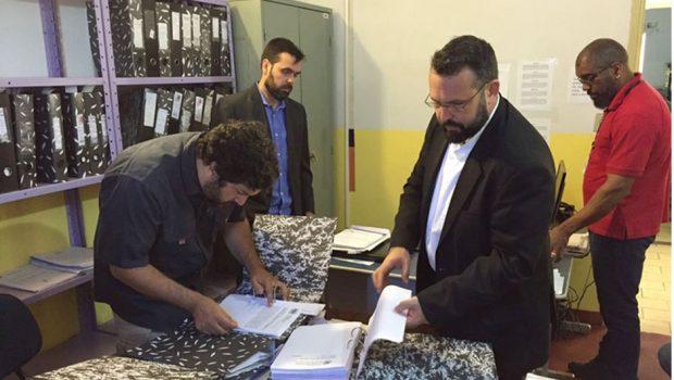 Funcionários da Prefeitura de Iaciara, no nordeste do Estado, são presos por peculato