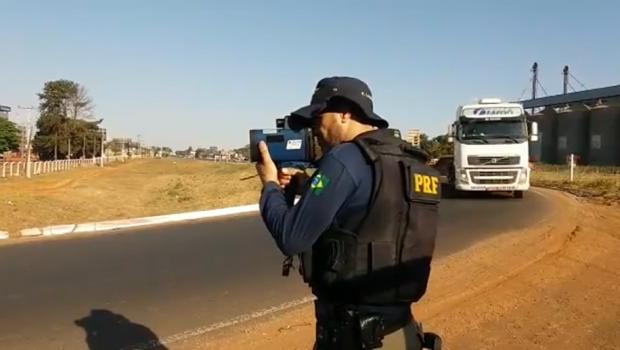 Feriado é marcado pelo excesso de velocidade nas rodovias federais em Goiás