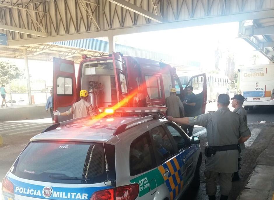 Homem atropelado no Terminal Vera Cruz, em Goiânia, está em estado regular